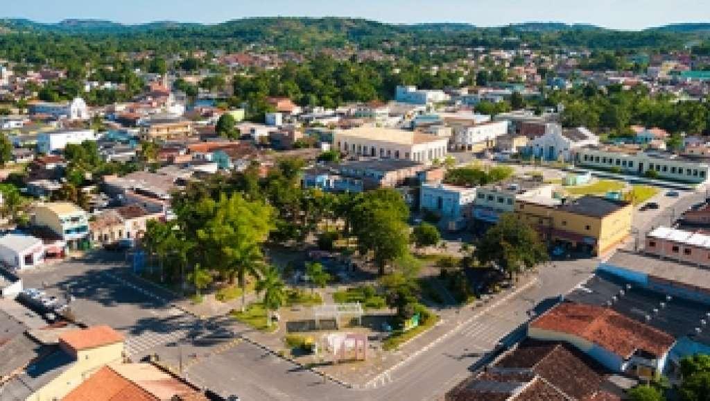 Resultado de imagem para cidade Mata de São João bahia