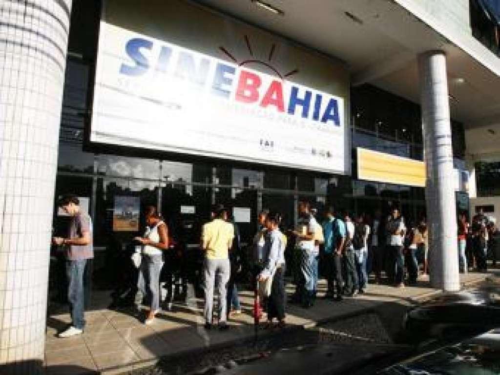 Sinebahia divulga vagas de emprego para esta quarta-feira (12)