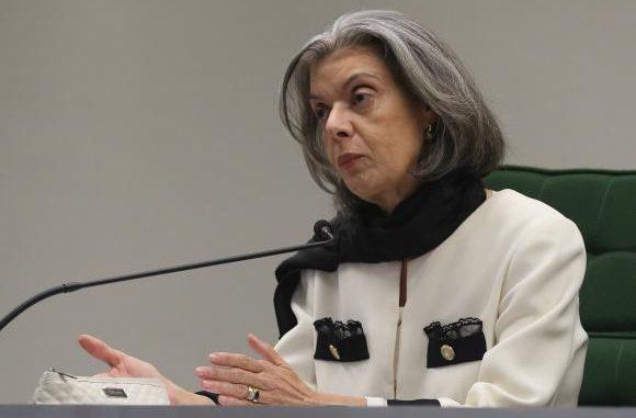 Cármen Lúcia marca julgamento de habeas corpus de Lula para esta quinta