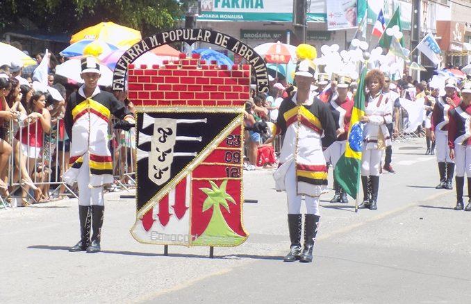 Camaçari: confira a galeria de fotos dos principais momentos do desfile cívico da Gleba E