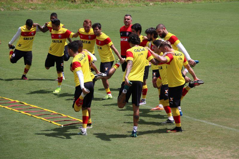Vitória inicia preparação visando duelo contra o  Santos