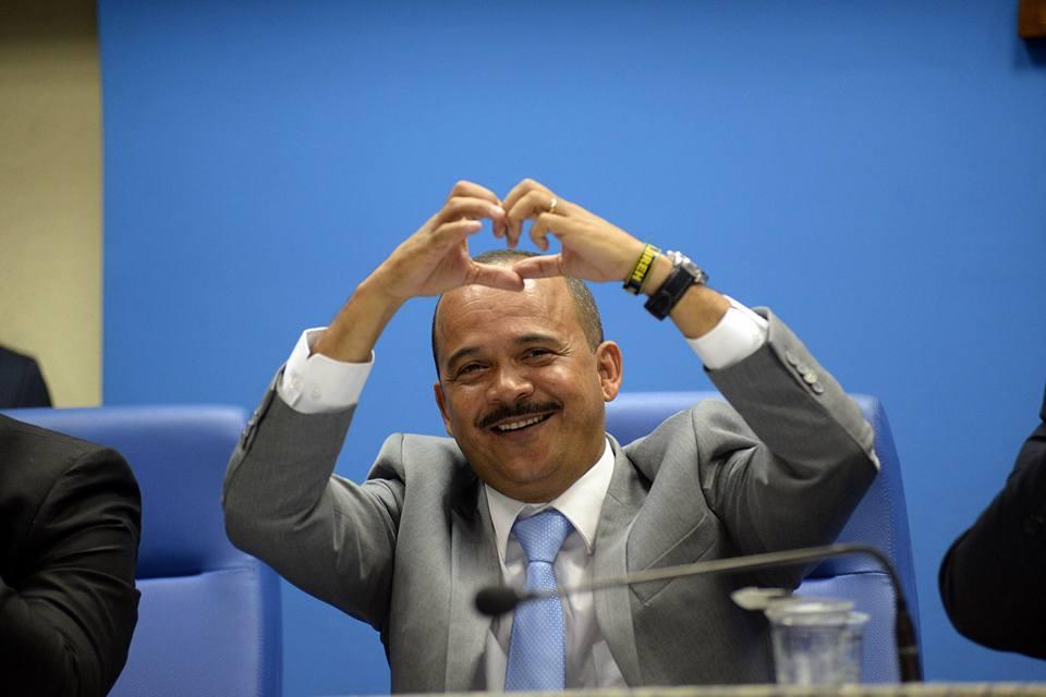 Eleições 2020: Elinaldo se consolida na liderança, aponta nova pesquisa; Ivoneide Caetano continua em segundo