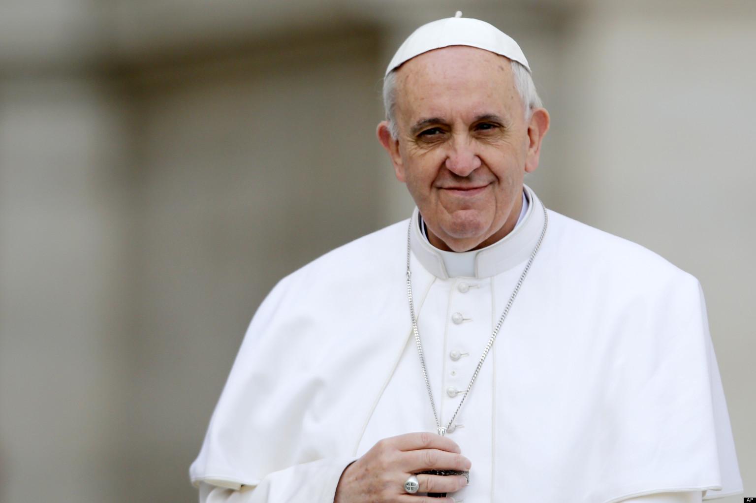 Papa sugere que é melhor ser ateu do que católico hipócrita