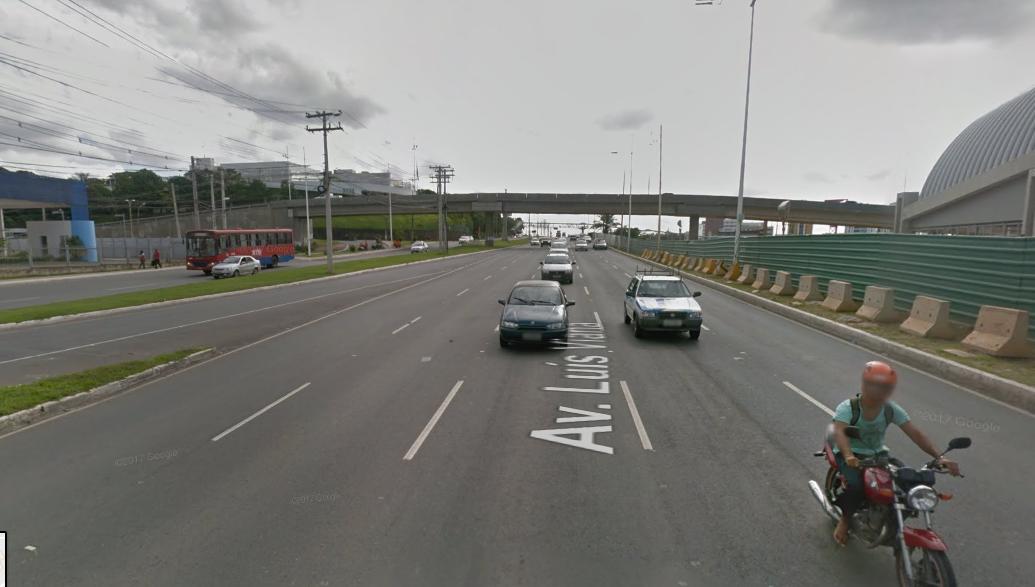 Trecho da Paralela é interditado para obra de revitalização de passarela no Imbuí