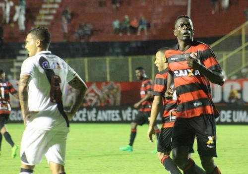 Com ataque reforçado, Vitória recebe o Grêmio no Barradão