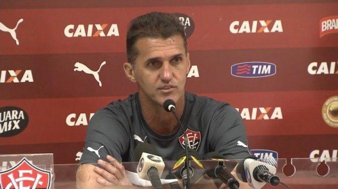 Vitória anuncia Wagner Mancini como novo técnico