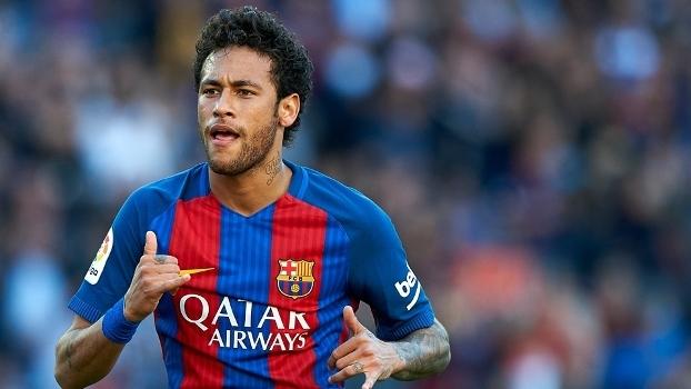 Daniel Alves aconselha Neymar: