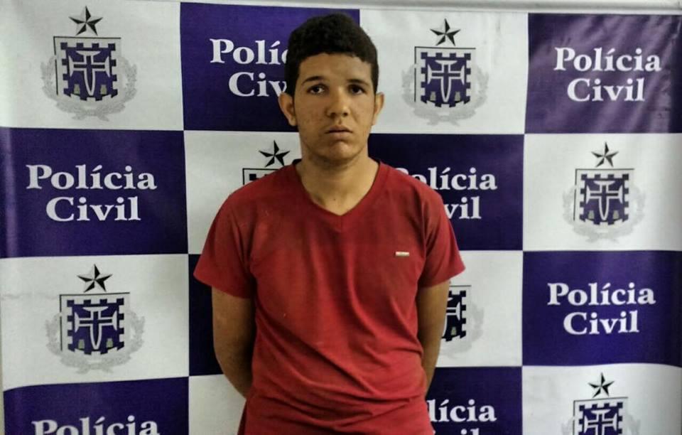 Draco prende traficante e localiza 100kg de maconha enterrados em Simões Filho