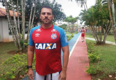 Após efetivar Preto Casagrande, Bahia anuncia novo auxiliar técnico