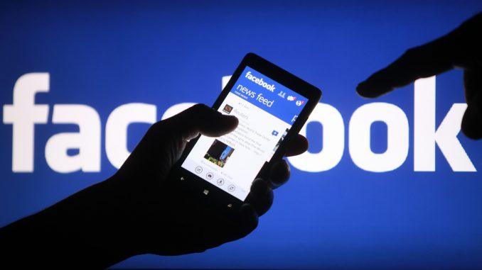 Crianças não devem ter acesso ao Facebook, dizem especialistas