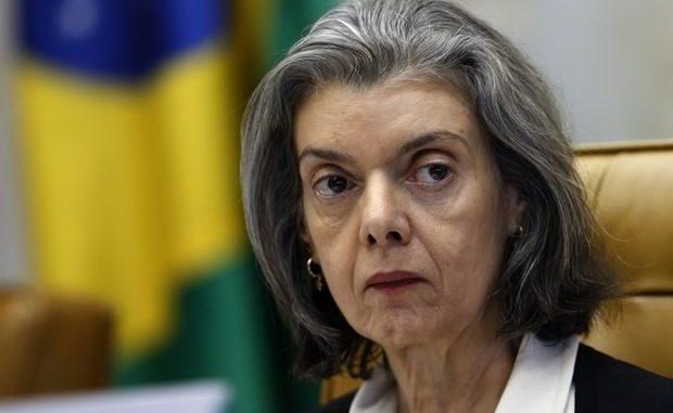 Posse de Cristiane Brasil será na segunda-feira, diz Moreira Franco