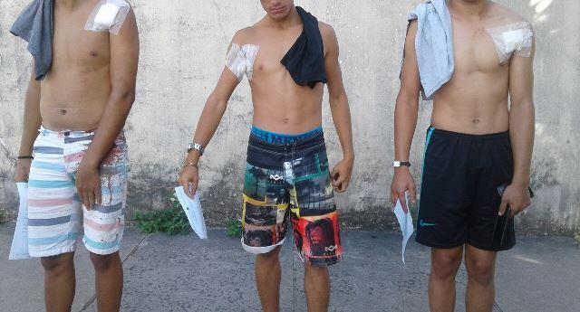 """Homem """"surta"""", mata adolescente e fere jovens dentro de veículo no interior da Bahia"""