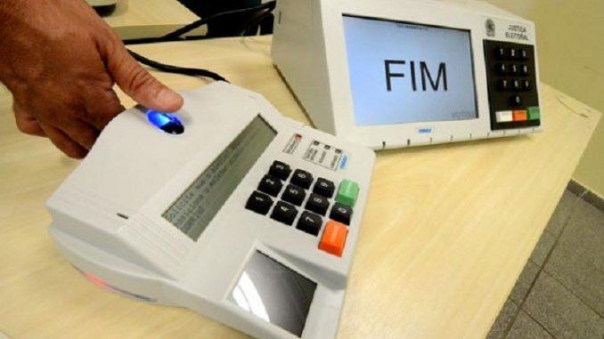 Eleitor morre ao fazer cadastro biométrico em shopping de Cuiabá nesta manhã