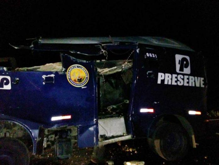 Bandidos explodem carro-forte em Juazeiro