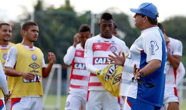 Vanderlei salva, mas não consegue evitar derrota do Santos para Bahia — Notas