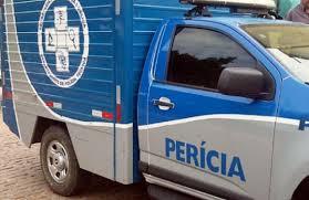 Irmãos são mortos a tiros em frente a borracharia em Salvador