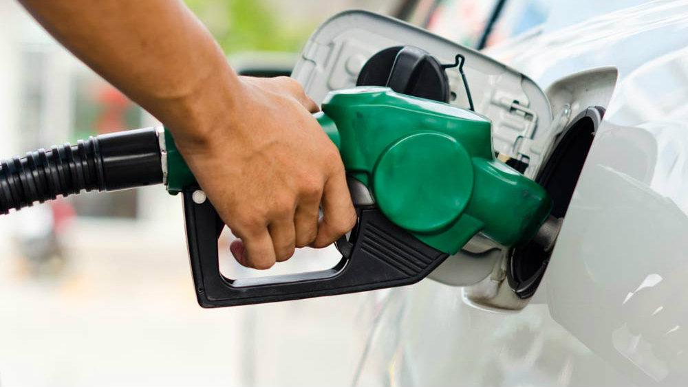 Petrobras mantém preços do diesel e da gasolina nas refinarias nesta terça(16)