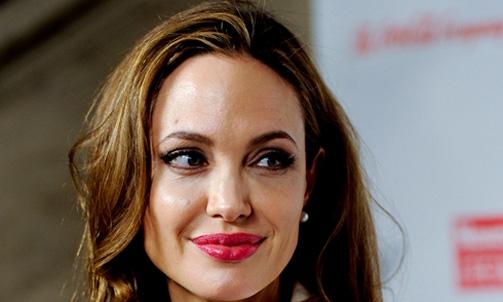 Desconectada: Angelina Jolie não pensa em abrir conta nas redes sociais