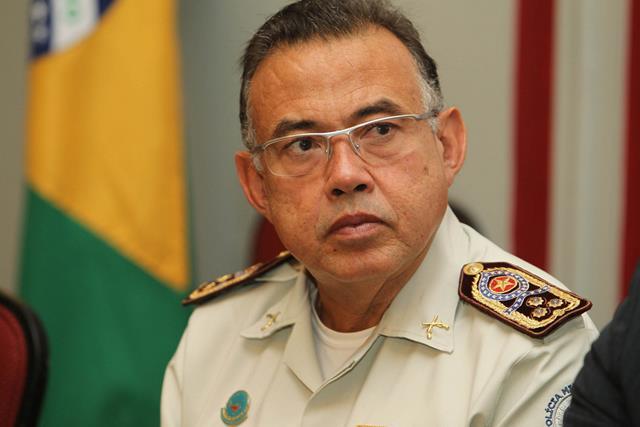 Pré-candidato Coronel Castro diz que Bolsonaro traz novas e ideias e que o país não merece outra ditadura