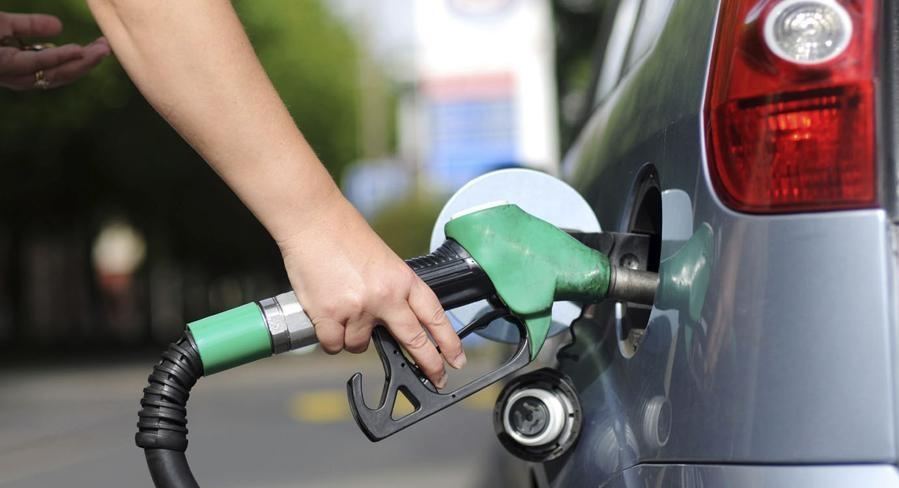 Petrobras volta a subir o preço da gasolina