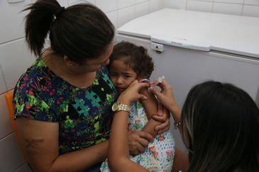 MPF cobra medidas para garantir vacinação contra poliomielite em todas as crianças