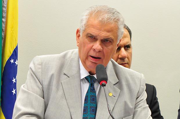 Apesar das imposição de Bolsonaro, PR vai apoiar grupo de Rui Costa