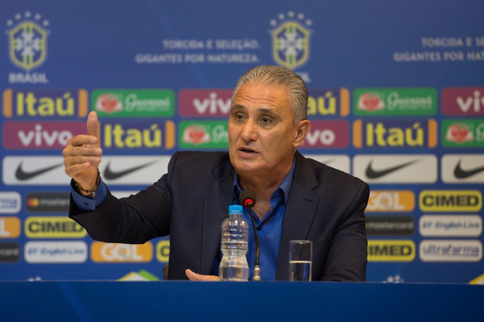 Com muitas caras novas, Tite faz sua primeira convocação após Copa do Mundo