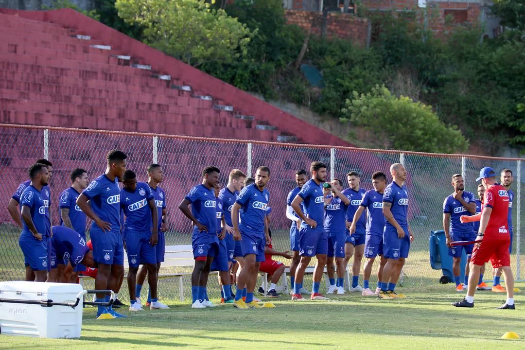 Com longa conversa entre jogadores e técnicos, Bahia retorna aos as atividades de olho no Flu