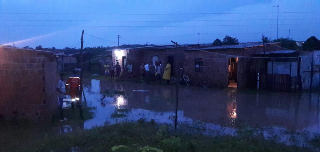 Defesa Civil registra vários pontos de alagamentos em Camaçari