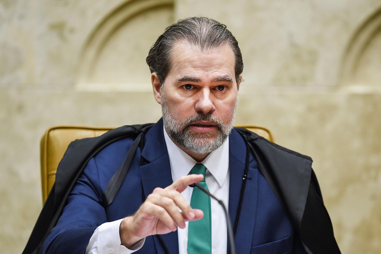 Dias Toffoli derruba decisão que mandou soltar presos condenados em 2ª instância