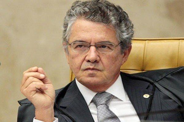 Ministro diz que pedidos como o de Flávio Bolsonaro vão para o 'lixo'