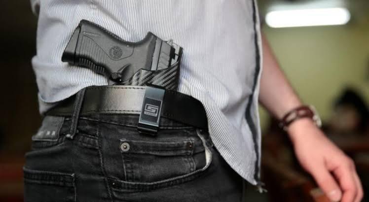 Defensores do porte de arma aguardam aprovação do novo texto no Congresso Nacional