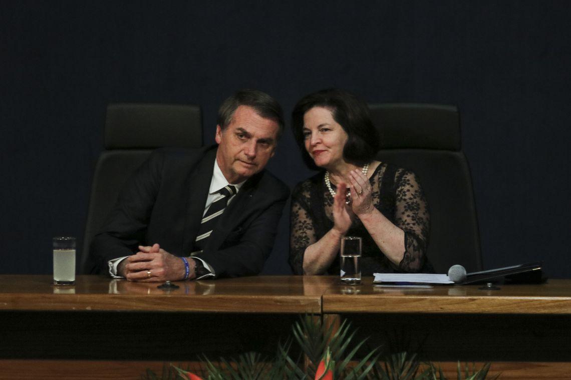 Bolsonaro inaugura mandato de mudanças, diz Raquel Dodge