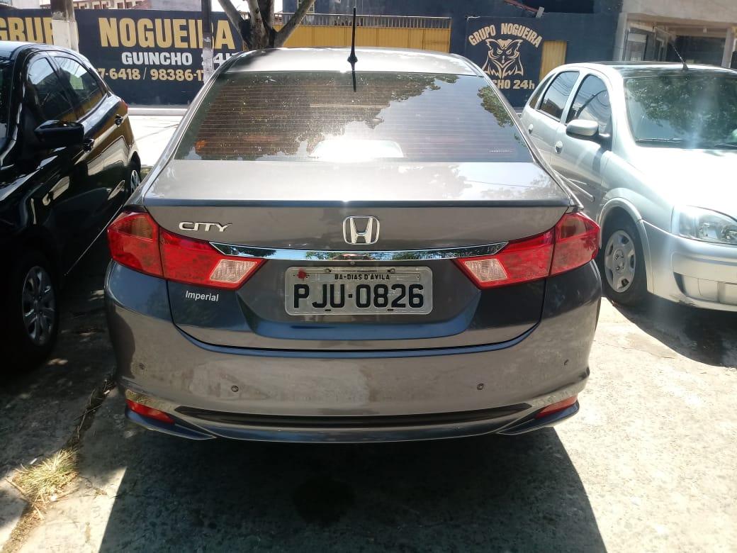 PM recupera veículo roubado em Camaçari