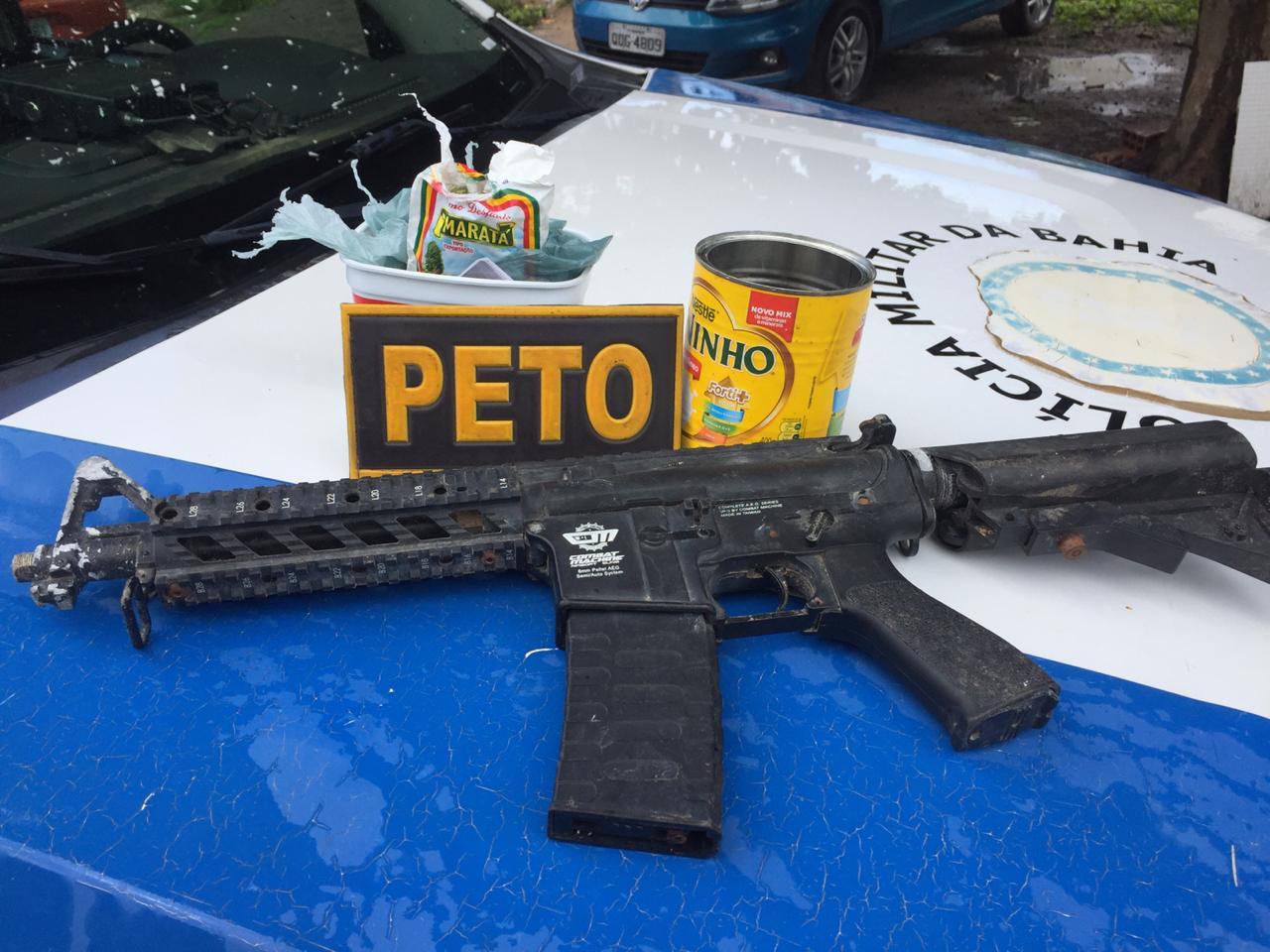 Polícia localiza metralhadora de brinquedo e plantação de maconha em Conceição do Jacuípe