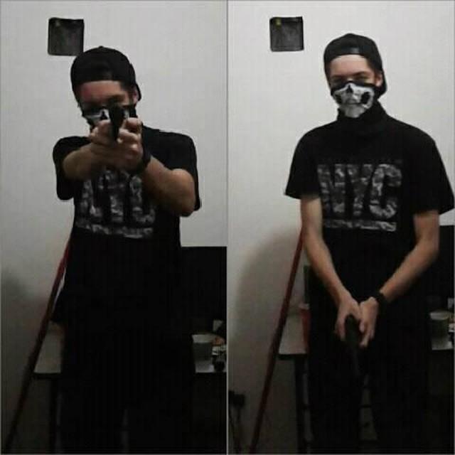 Atirador postou fotos com arma minutos antes do massacre em escola
