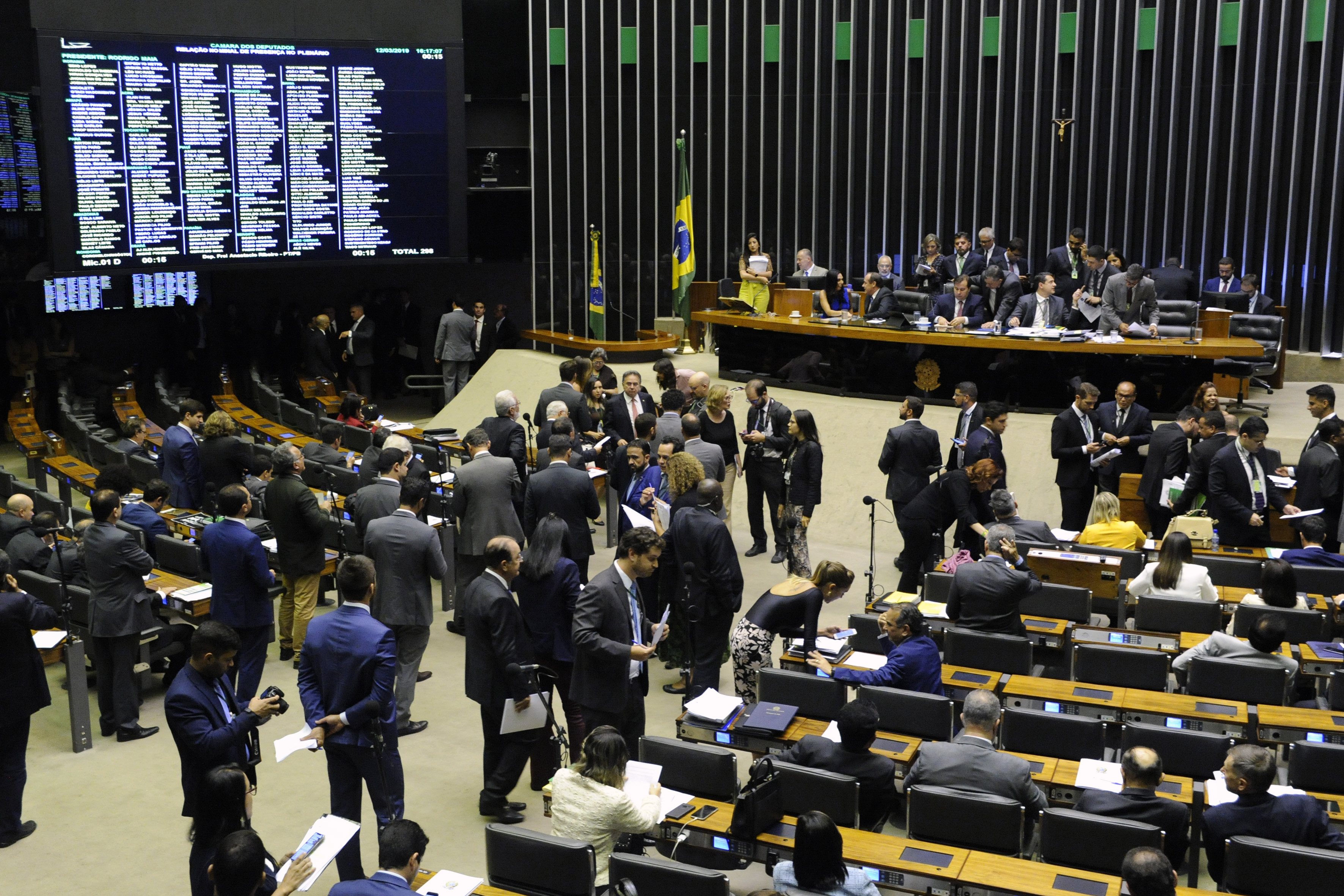 Estados do Norte e Nordeste querem mudanças na proposta de reforma tributária