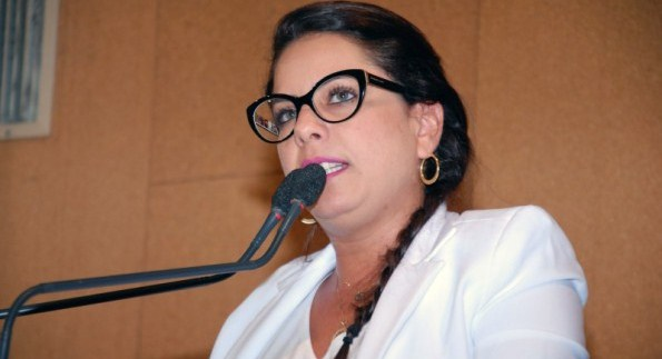 """""""Acho que o resultado está abaixo do esperado"""", diz deputada Mirela Macedo sobre Moema Gramacho"""