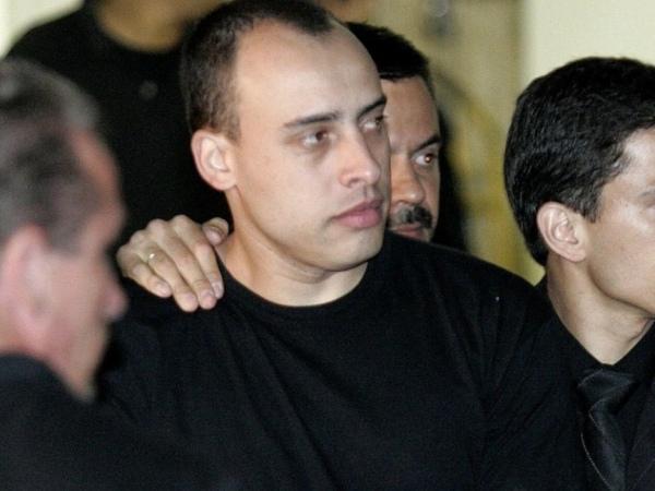 Justiça determina que Alexandre Nardoni volte para o regime fechado
