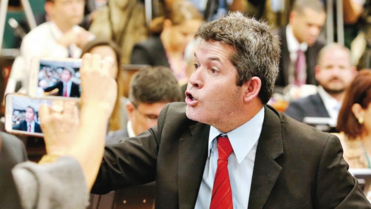 """Delegado Waldir, líder do PSL na Câmara,diz que a """"Bahia é um lixo""""; assista"""