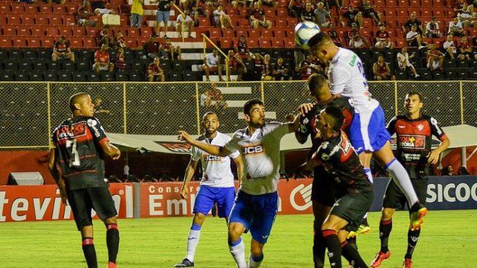 Vitória sai na frente, mas perde de virada para o São Bento dentro do Barradão