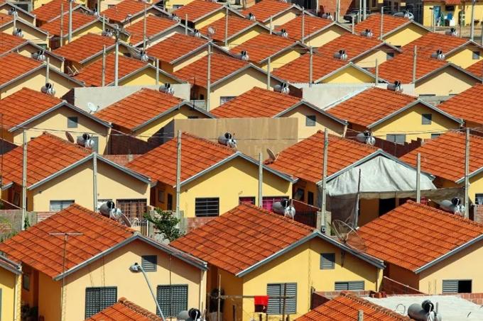 Governo estuda cobrar aluguel de beneficiário mais pobre do 'Minha Casa'