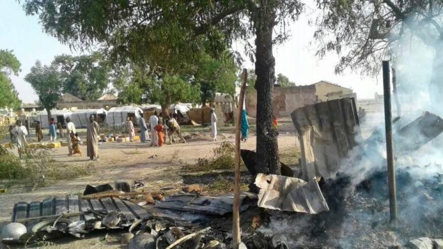 Triplo atentado suicida deixa pelo menos 30 pessoas mortas na Nigéria