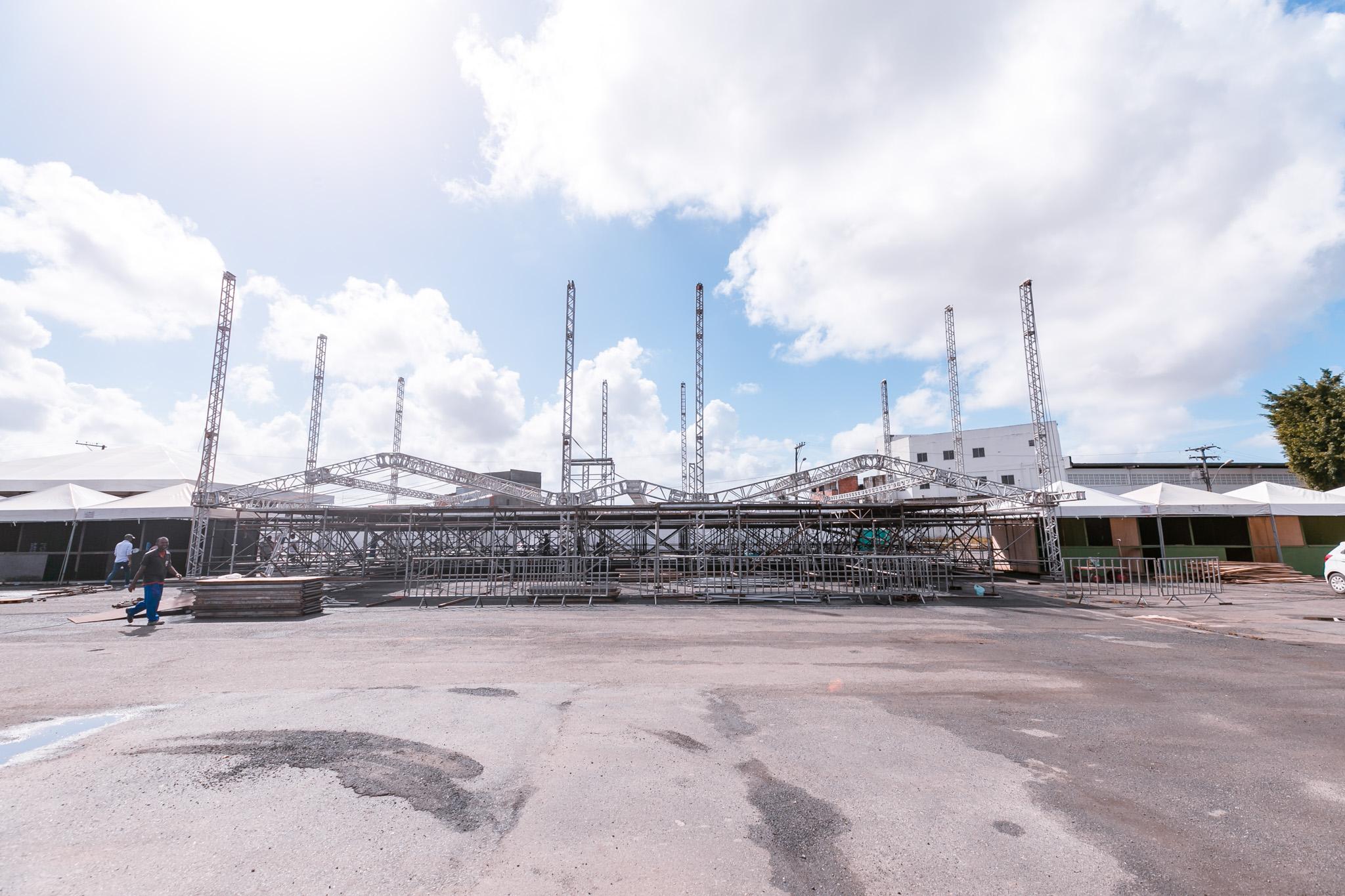 Montagem da estrutura do Camaforró está em fase de conclusão; saiba mais