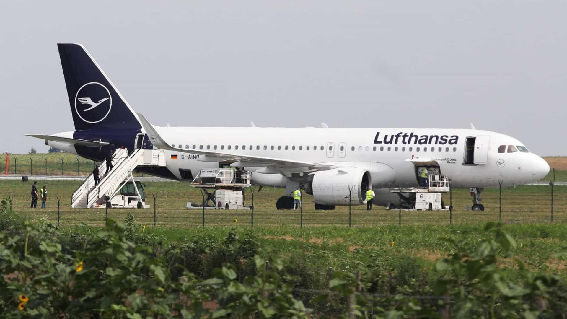 Avião é evacuado após ameaça de bomba na Sérvia