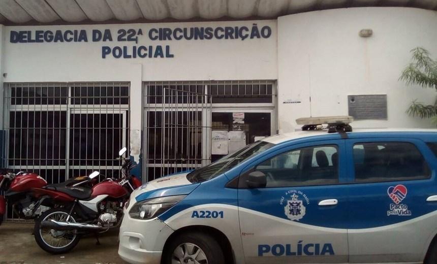 Simões Filho: homem é preso após colocar fogo em casa com ex-esposa e três filhos