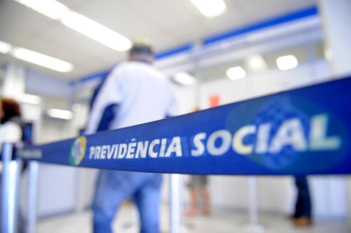 Após aprovação da reforma, pedidos de aposentadoria dispararam em julho, diz publicação
