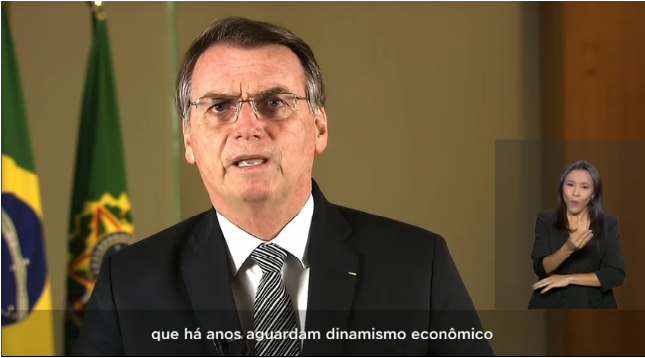 Bolsonaro diz que incêndios não podem gerar sanções internacionais