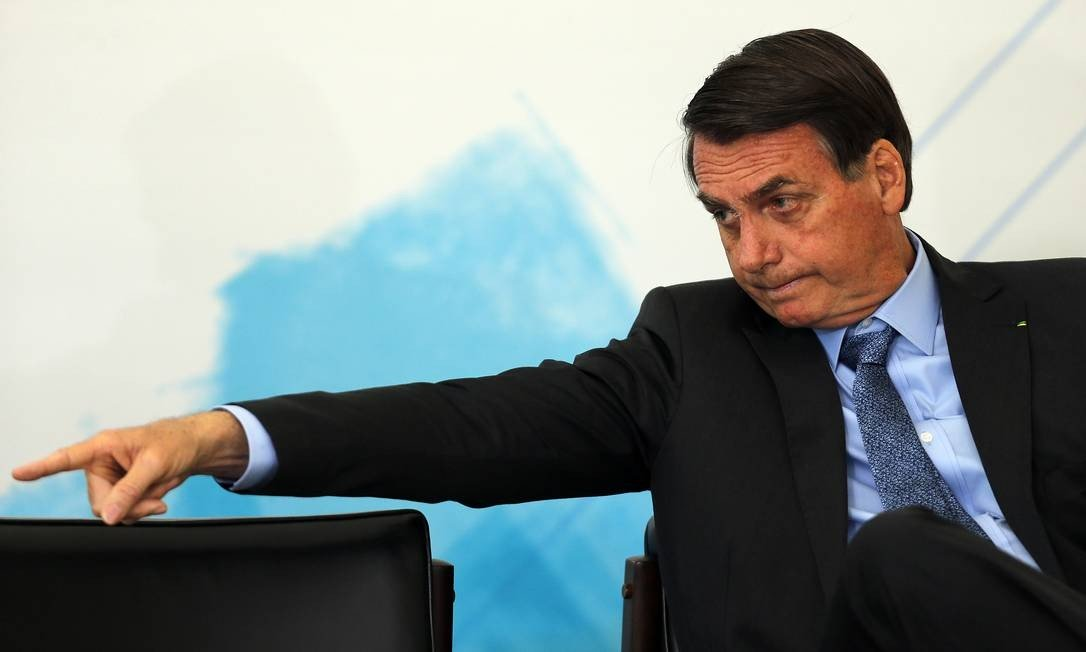 Bolsonaro nega troca de ministros e elogia educação e economia do país: 'A gente tá bem na economia, tá bem na educação'