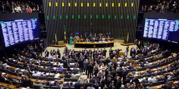 Reforma da Previdência volta à pauta da Câmara a partir desta terça-feira (6)